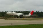 MJさんが、秋田空港で撮影した日本航空 A300B4-622Rの航空フォト(写真)
