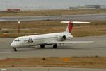 妄想竹さんが、関西国際空港で撮影したJALエクスプレス MD-81 (DC-9-81)の航空フォト(写真)