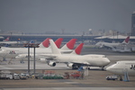 タマさんが、成田国際空港で撮影した日本航空 747-446(BCF)の航空フォト(写真)