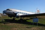 よっしぃさんが、フェレンツリスト国際空港で撮影したマレーヴ・ハンガリー航空 Li-2Tの航空フォト(写真)