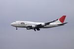 まったり屋さんが、成田国際空港で撮影した日本航空 747-446の航空フォト(写真)