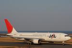 A R Iさんが、大分空港で撮影した日本航空 767-246の航空フォト(写真)