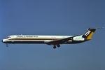 青路村さんが、伊丹空港で撮影した東亜国内航空 MD-81 (DC-9-81)の航空フォト(写真)