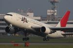 Mottyさんが、福岡空港で撮影した日本航空 767-246の航空フォト(写真)