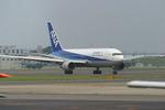 さっしんさんが、名古屋飛行場で撮影した全日空 767-281の航空フォト(写真)