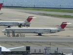 かまぼこさんが、羽田空港で撮影した日本航空 MD-90-30の航空フォト(写真)