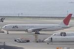 かずぽんさんが、羽田空港で撮影した日本航空 767-346の航空フォト(写真)
