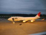 アオモリエアさんが、青森空港で撮影した日本航空 747-446の航空フォト(写真)
