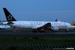 marbomitsuさんが、成田国際空港で撮影したユナイテッド航空 777-224/ERの航空フォト(写真)