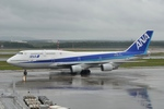 ワーゲンバスさんが、新千歳空港で撮影した全日空 747-481(D)の航空フォト(写真)