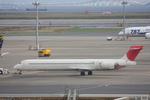 VIPERさんが、羽田空港で撮影した日本航空 MD-90-30の航空フォト(写真)
