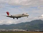 くわひろ@ピンクのバスさんが、松本空港で撮影した日本航空 MD-87 (DC-9-87)の航空フォト(写真)