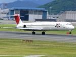 スカイマンタさんが、伊丹空港で撮影した日本航空 MD-81 (DC-9-81)の航空フォト(写真)