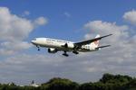 takepapaさんが、伊丹空港で撮影した日本航空 777-289の航空フォト(写真)