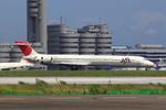 エアポートひたちさんが、羽田空港で撮影した日本航空 MD-90-30の航空フォト(写真)