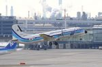 ちかぼーさんが、羽田空港で撮影した海上保安庁 YS-11A-200の航空フォト(写真)