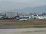me2073さんが、伊丹空港で撮影したANAウイングス DHC-8-314Q Dash 8の航空フォト(写真)