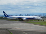 aquaさんが、伊丹空港で撮影した全日空 777-381の航空フォト(写真)