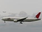aquaさんが、伊丹空港で撮影した日本航空 777-246の航空フォト(写真)