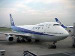 hnd2010さんが、羽田空港で撮影した全日空 747SR-81の航空フォト(写真)