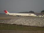 B737-781さんが、秋田空港で撮影した日本航空 MD-81 (DC-9-81)の航空フォト(写真)