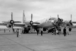 元気高齢者さんが、米空軍 立川基地で撮影したU S AIR FORCE WB-50D Superfortressの航空フォト(写真)