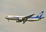 ギ―ピロさんが、羽田空港で撮影した全日空 767-281の航空フォト(写真)