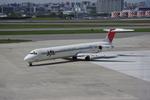 幻航空鉄道会社さんが、伊丹空港で撮影した日本航空 MD-81 (DC-9-81)の航空フォト(写真)