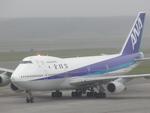 sasukeさんが、新千歳空港で撮影した全日空 747SR-81の航空フォト(写真)