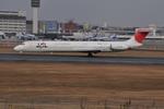 うすさんが、伊丹空港で撮影したJALエクスプレス MD-81 (DC-9-81)の航空フォト(写真)