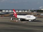 aquaさんが、成田国際空港で撮影したカンタス航空 747-438の航空フォト(写真)