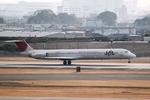 山河 彩さんが、伊丹空港で撮影した日本航空 MD-81 (DC-9-81)の航空フォト(写真)