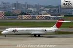 WLさんが、伊丹空港で撮影した日本航空 MD-87 (DC-9-87)の航空フォト(写真)