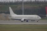 かずまっくすさんが、那覇空港で撮影した日本トランスオーシャン航空 737-4Q3の航空フォト(写真)