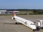 ATISさんが、三沢飛行場で撮影した日本航空 MD-81 (DC-9-81)の航空フォト(写真)
