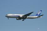 そむにあさんが、羽田空港で撮影した全日空 767-381の航空フォト(写真)