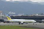 ミヤドゥさんが、伊丹空港で撮影したAIR DO 767-381の航空フォト(写真)