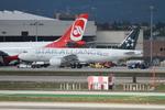 matsuさんが、ロサンゼルス国際空港で撮影したTACA航空 A320-214の航空フォト(写真)