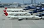 Koenig117さんが、中部国際空港で撮影した日本航空 MD-81 (DC-9-81)の航空フォト(写真)