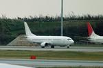 ktaroさんが、那覇空港で撮影した日本トランスオーシャン航空 737-4Q3の航空フォト(写真)