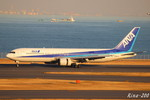 RINA-200さんが、羽田空港で撮影した全日空 767-381の航空フォト(写真)