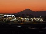 ATISさんが、羽田空港で撮影した全日空 A320-211の航空フォト(写真)