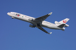tsubameさんが、福岡空港で撮影した日本航空 MD-11の航空フォト(写真)