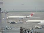GE90エンジンさんが、羽田空港で撮影した日本航空 MD-90-30の航空フォト(写真)