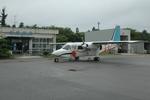 ライトレールさんが、佐渡空港で撮影した旭伸航空 BN-2B-20 Islanderの航空フォト(写真)