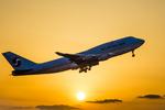 アローズさんが、福岡空港で撮影した大韓航空 747-4B5の航空フォト(写真)