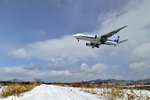 渚くんさんが、函館空港で撮影した全日空 777-281の航空フォト(写真)
