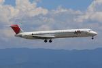 speedbirdさんが、関西国際空港で撮影した日本航空 MD-81 (DC-9-81)の航空フォト(写真)