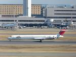 ConAmore84さんが、羽田空港で撮影した日本航空 MD-90-30の航空フォト(写真)