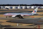 Koenig117さんが、成田国際空港で撮影したアメリカン航空 777-223/ERの航空フォト(写真)